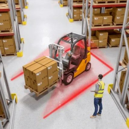 safety-red-zone-forklift